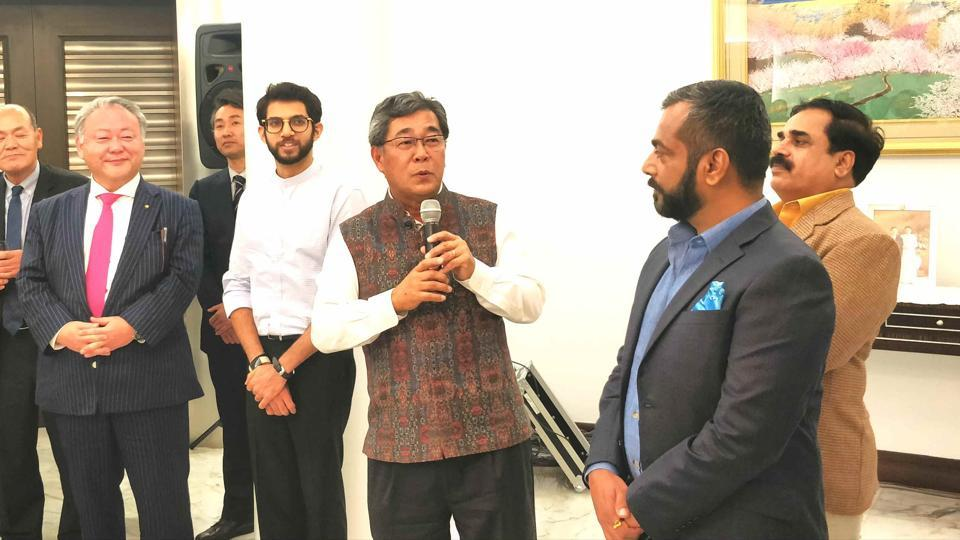 (Second from left) State minister Aaditya Thackeray with (Centre) Consul General of Japan Michio Harada, and other guests.