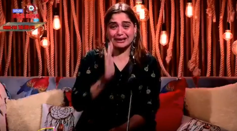 Bigg Boss 13: Arti Singh was in tears after being called Sidharth Shukla's 'fixed deposit'.
