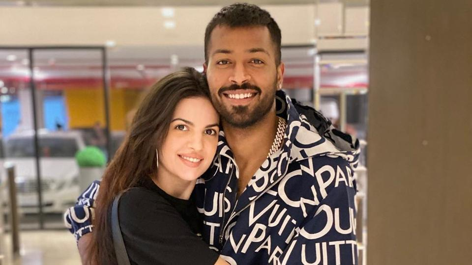 Hardik Pandya shared a cute click with his fiancée Natasa Stankovic, and captioned it with a heart emoji.
