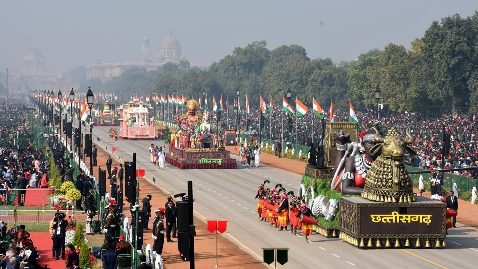 Twenty-two tableaux – 16 from states and Union territories and six from various ministries and departments – depicting the nation's rich cultural heritage and economic progress rolled down the Rajpath. (Sonu Mehta / HT Photo)