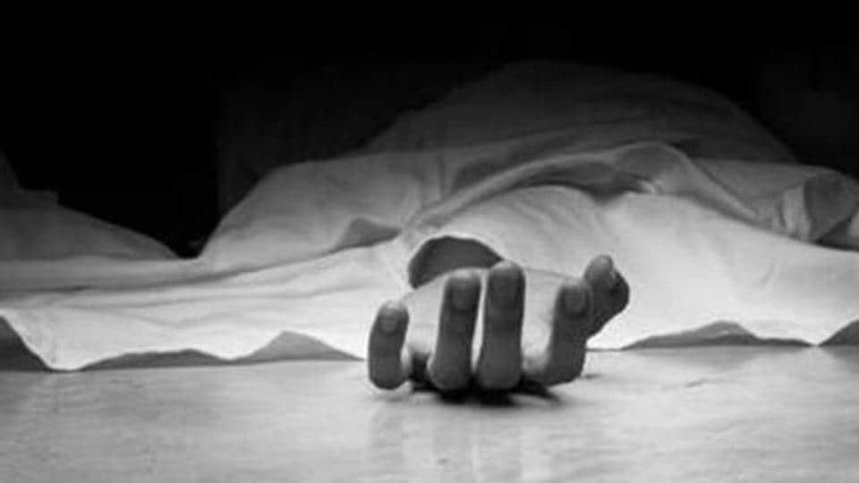 Two people died in a road accident in Maharashtra's Ghatkopar.