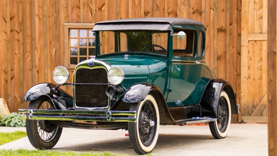 50 cars, including 15 from abroad, will be showcased during the Concours d'Elegance at India Gate on February 15 which will then be driven by their proud owners to Karma Lake Lands, Gurgaon.