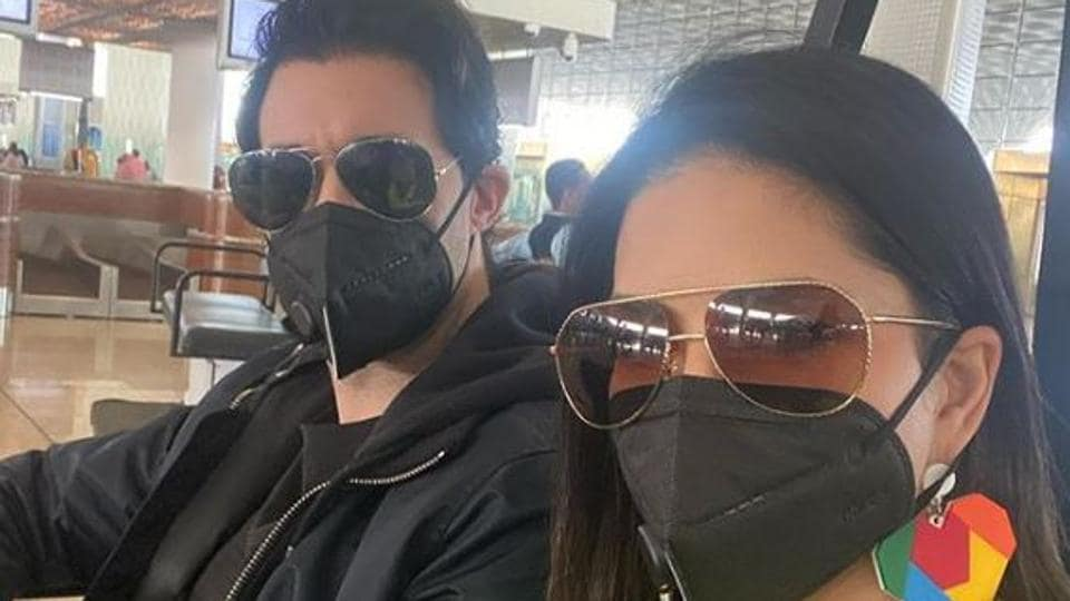 Sunny Leone shared a picture with her husband Daniel Weber, where both can be seen wearing masks.