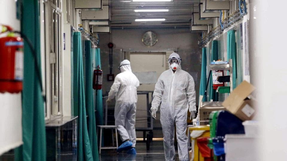 Medical staff at isolation ward where 3 suspect patients admitted in the doubt of Coronavirus who return from various areas of China in New Delhi on Tuesday.
