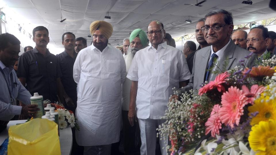 Sharad Pawar and Sukhjinder Singh Randhwa, minister from Punjab during 2nd International Conference on Sustainability - Innovation & Diversification in Sugar and Allied Industry at Manjari on Saturday.