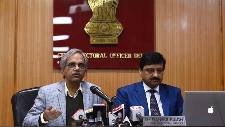 Delhi chief electoral officer Ranbir Singh (left) addressed a press conference in New Delhi, Feb 9, 2020.