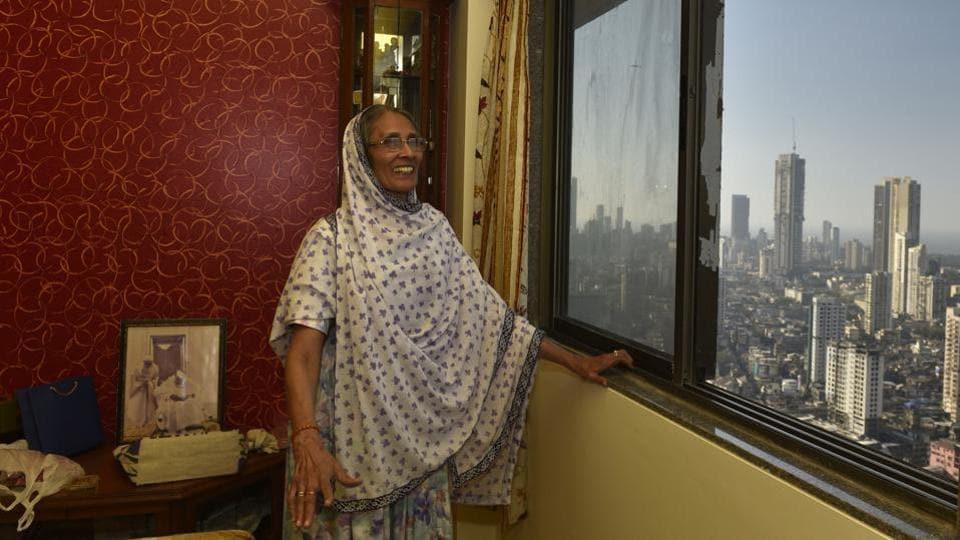Rukaiya Aziz,  who used to live at a chawl, shows her 350-sqft one-bedroom-hall-kitchen (BHK) apartment at Al-Saadah tower in Bhendi Bazaar, south Mumbai.  (Anshuman Poyrekar/HT Photo)