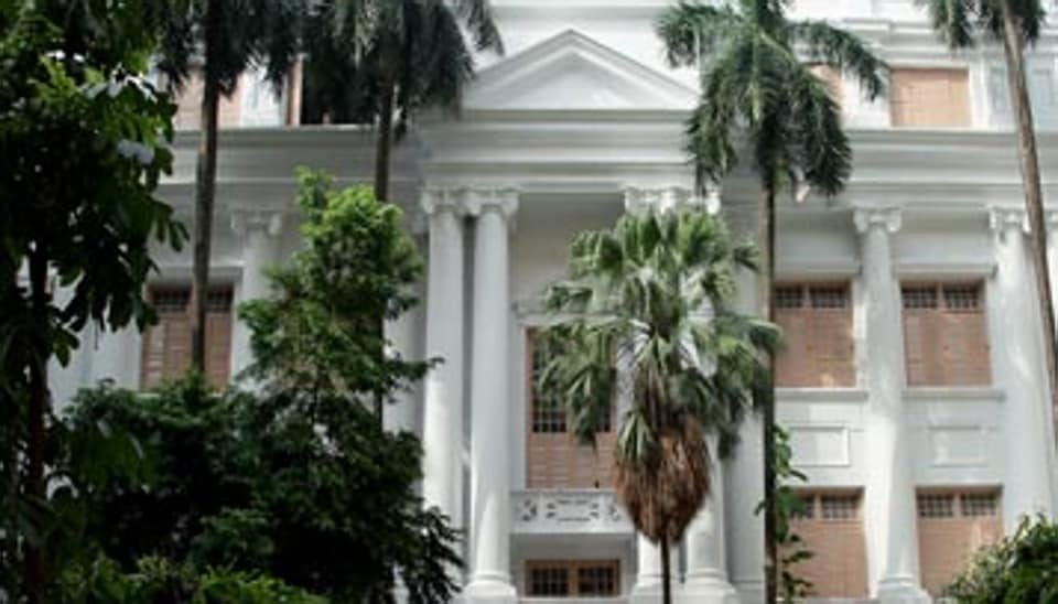 The Calcutta University is among the four universities of Bengal that have criticised the government's order appointing  higher education department officers as the state's nominees to the highest decision making bodies of all universities.