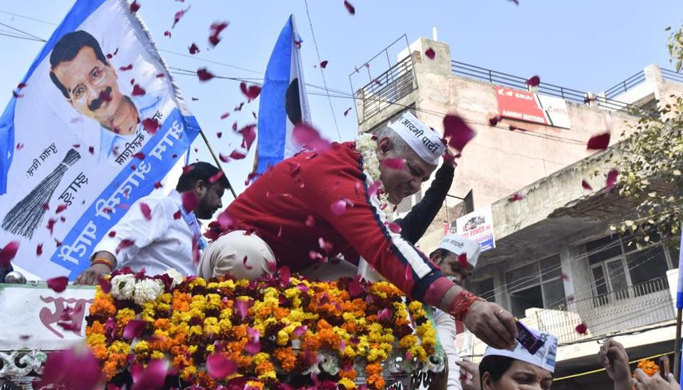 Delhi Deputy CM and AAP party Candidate Manish Sisodia while on an election campaigning roadshow, at Sabzi Mandi Mandawali in East Delhi, India on Thursday, February 6, 2020.