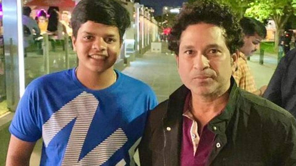 Shafali Verma (L)with Sachin Tendulkar.