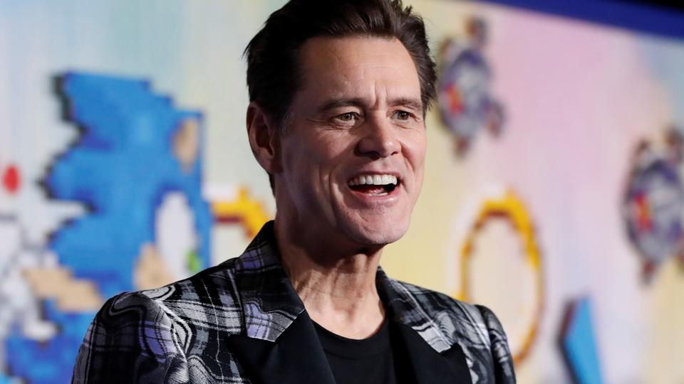 Cast member Jim Carrey poses at the premiere of Sonic the Hedgehog.