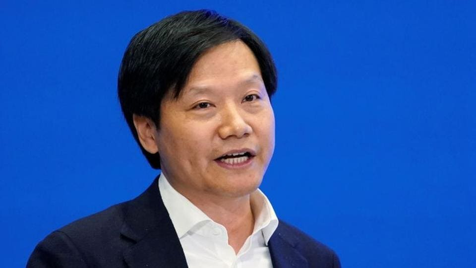 Xiaomi's CEO Lei Jun unveiled the company's flagship Mi 10 series in China.