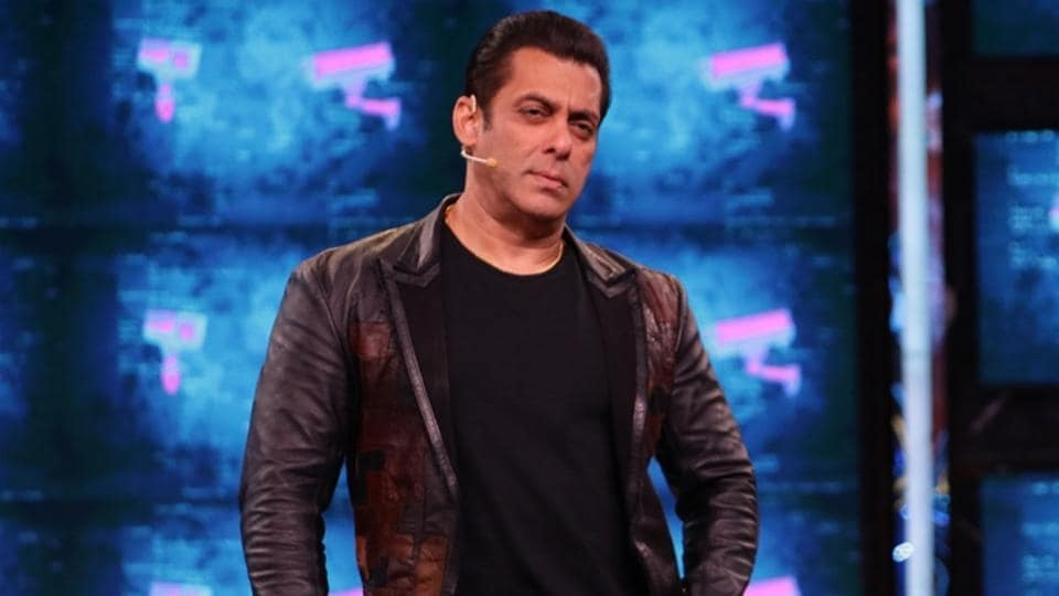 Bigg Boss 13: Host Salman Khan took it upon himself to give relationship advice to contestants.