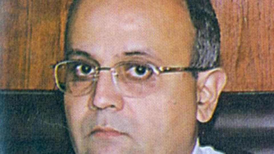 Justice Dharmadhikari  hoped that the Bombay High Court, as an institution, must remain as it is.