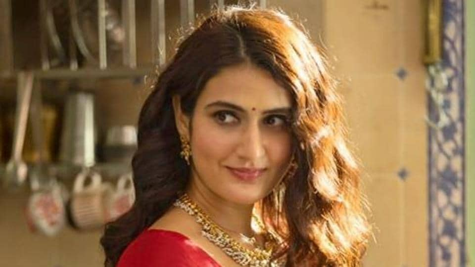 Suraj Pe Mangal Bhari: Fatima Sana Shaikh shares first look on Valentine's Day, says 'let there be only love'. See pic