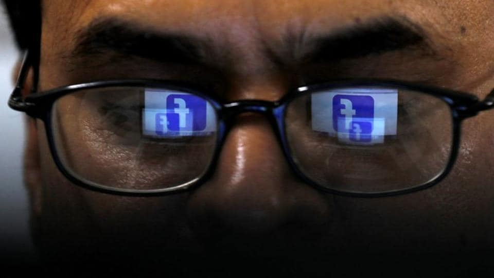 British govt plans to force tech firms such as Facebook, Twitter and Snap to do more to block or remove harmful content on their platforms.