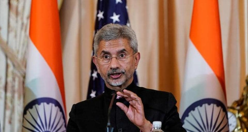"External Affairs Minister S Jaishankar told a senior US Senator that India will ""settle"" the Kashmir issue on its own"
