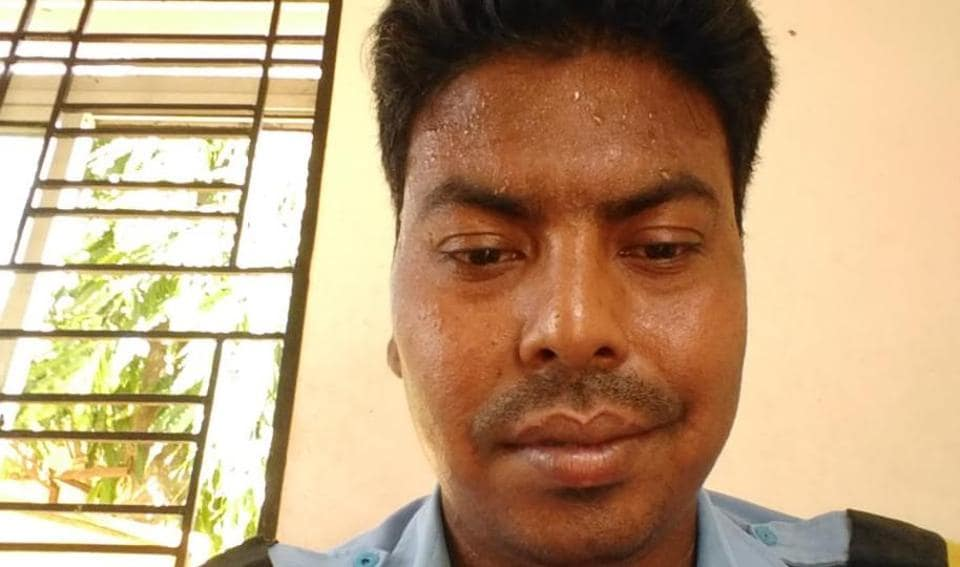 To return a doctor's lost wallet, Odisha security guard travels over 200 km