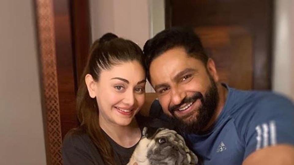 Bigg Boss 13's Shefali Jariwala to adopt baby girl: We are hopeful it will be done soon' thumbnail