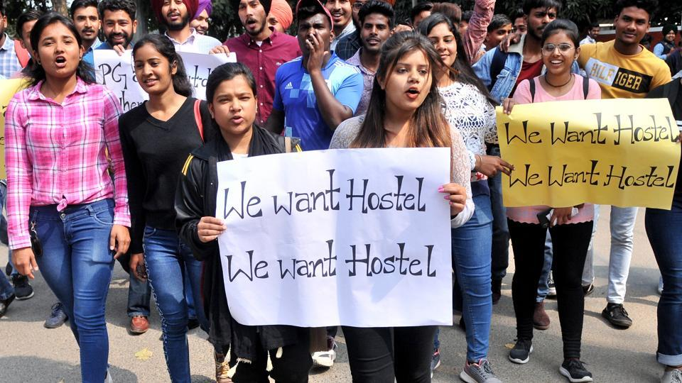 Students of PGGC- Sector 46 protesting on Wednesday.