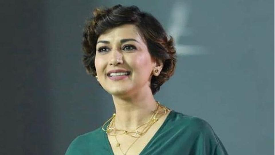 Sonali Bendre  was diagnosed with cancer in 2018.