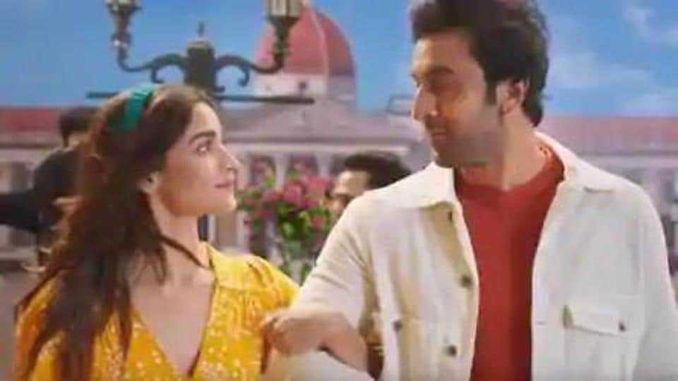 Alia Bhatt and Ranbir Kapoor have been dating for some time.