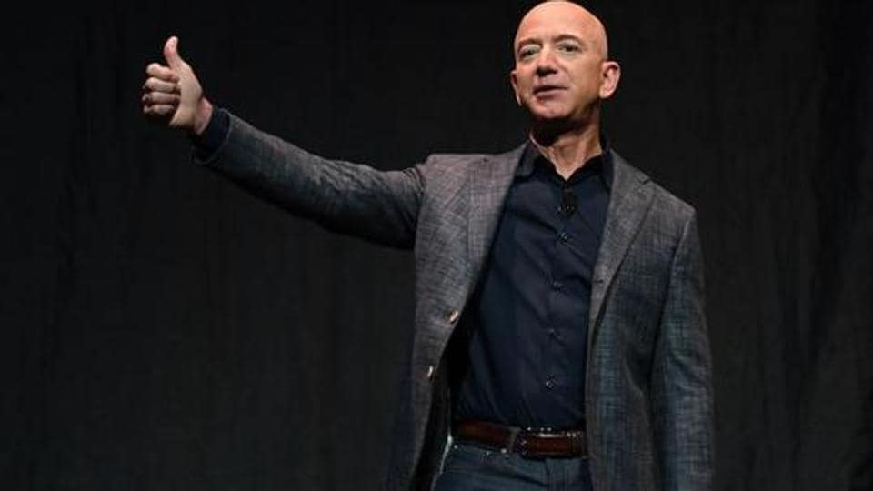 I predict things are going to get worse before they get better, Amazon CEO Jeff Bezos says in his memo... - Hindustan Times thumbnail