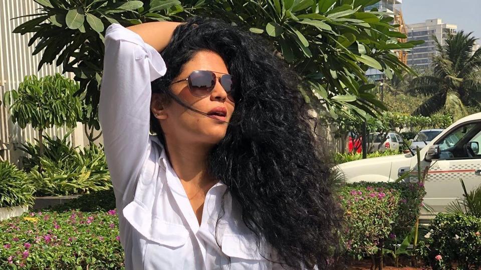 Kavita Kaushik trolled for offering tips to fight coronavirus crisis, responds 'oversmartness makes... thumbnail