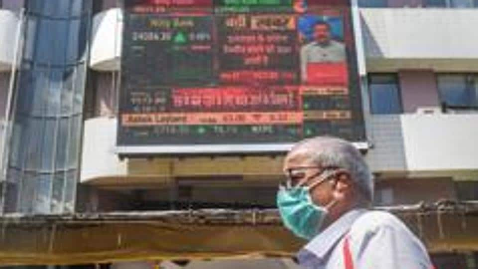 Sensex jumps 428 points to 27,102 in opening session; Nifty at 7,885.