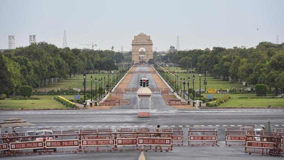 Rajpath, with India Gate barricaded off during the second day of the state government imposed lockdown in New Delhi on March 24, 2020. In his second address to the nation in less than a week, Prime Minister Narendra Modi announced an unprecedented three-week national lockdown yesterday. (Vipin Kumar / HT Photo)