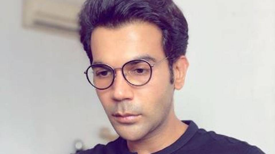 Rajkummar Rao donates to Covid-19 relief funds, fans praise him for not revealing the amount thumbnail