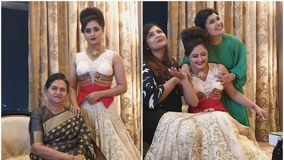 Rashami Desai shares pic with her mother.