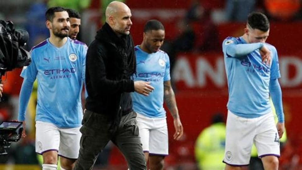 Manchester city players and manager