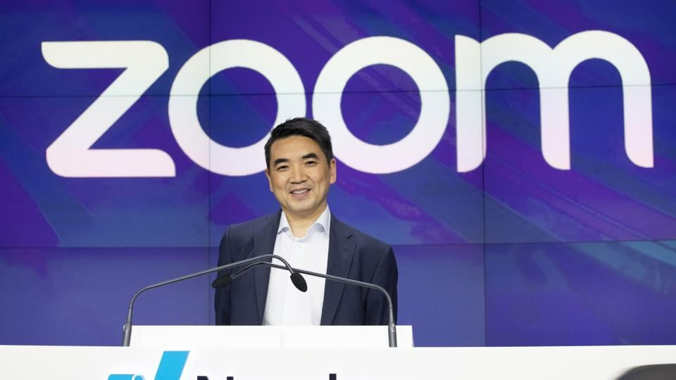Hackers sell Zoom exploits on Dark Web for up to $30,000 thumbnail