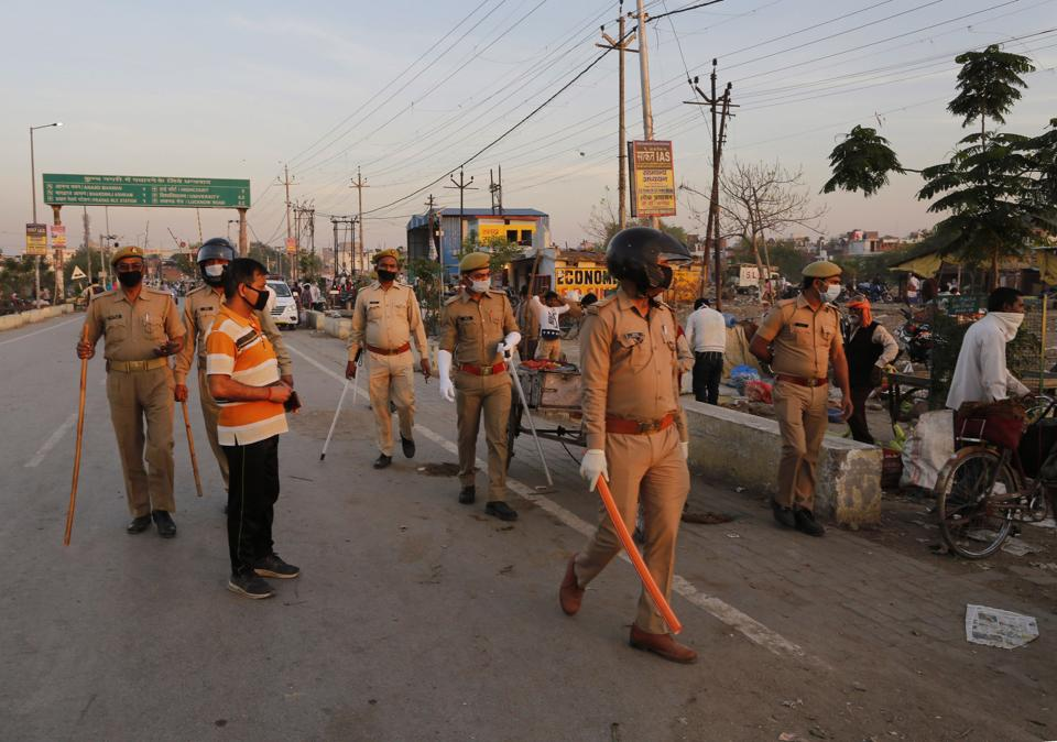 The state government authorities said earlier in the day that corona hotspots in 15 districts of UP, including Varanasi, will remain sealed till April 15.