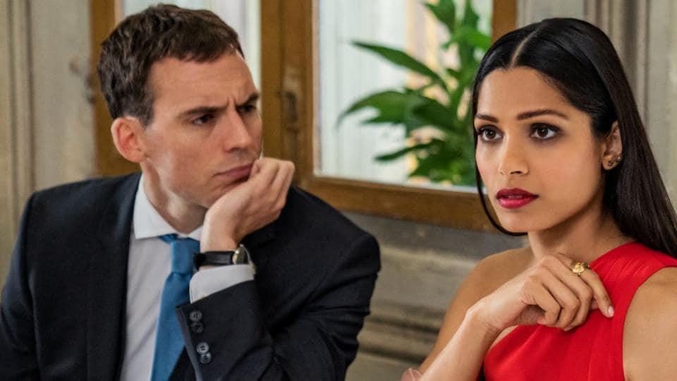 Love Wedding Repeat Movie Review Freida Pinto Sam Claflin Charm Their Way Through New Netflix Romantic Comedy Hollywood Hindustan Times