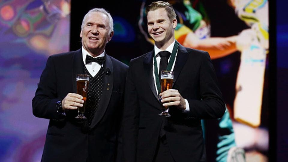 SYDNEY, AUSTRALIA - JANUARY 27: Steve Smith (R) of Australia poses on stage with Allan Border (L) after winning the Allan Border Medal during the 2015 Allan Border Medal.