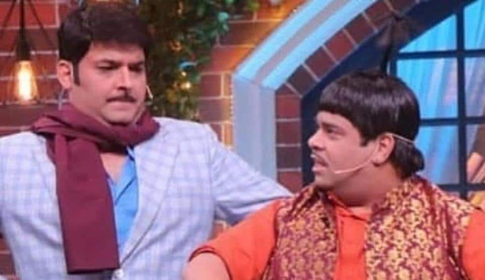 Kapil Sharma and Kiku Sharda on The Kapil Sharma Show.