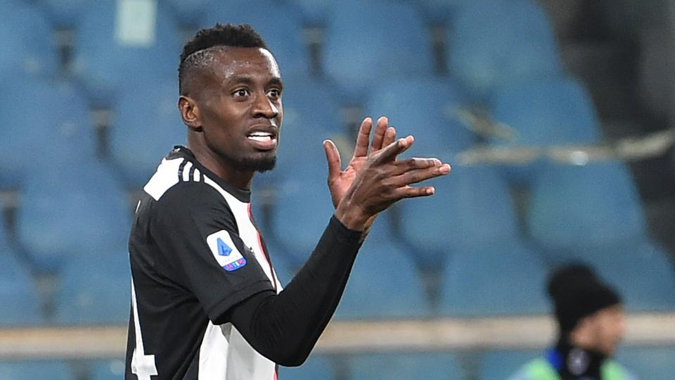Blaise Matuidi of Juventus gestures during the Serie A match.