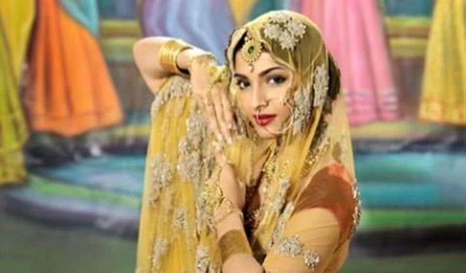 Sonam Kapoor dressed as Anarkali in Mughal-e-Azam.