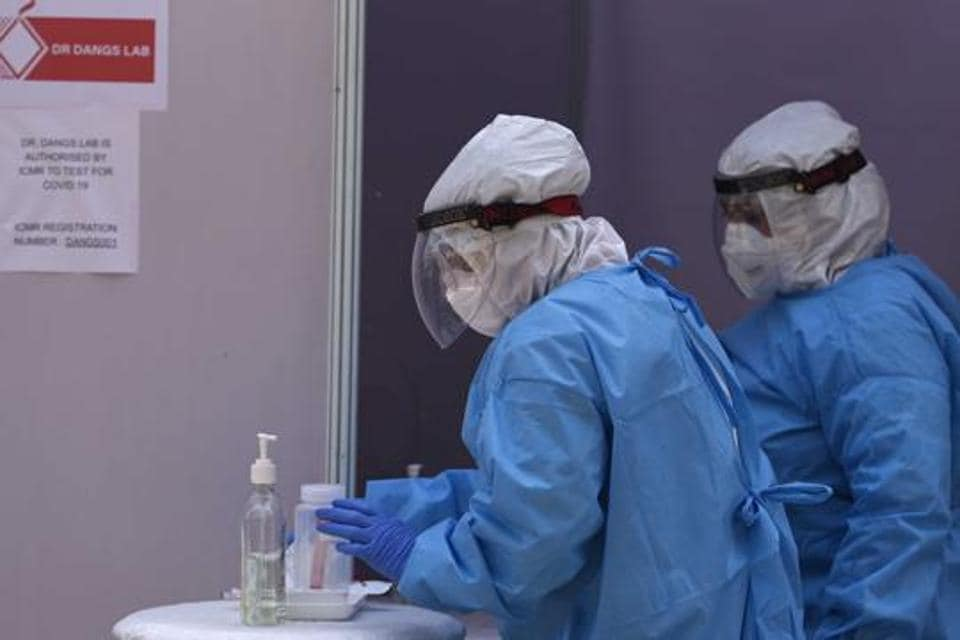 There has been a massive scarcity of PPE in the US during the coronavirus outbreak.