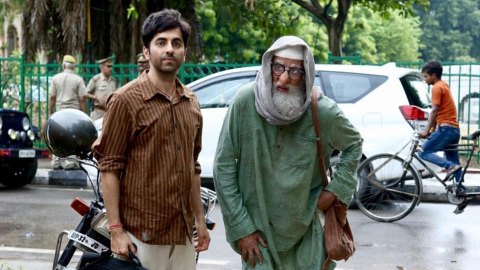 Ayushmann Khurrana and Amitabh Bachchan on sets of Gulabo Sitabo.