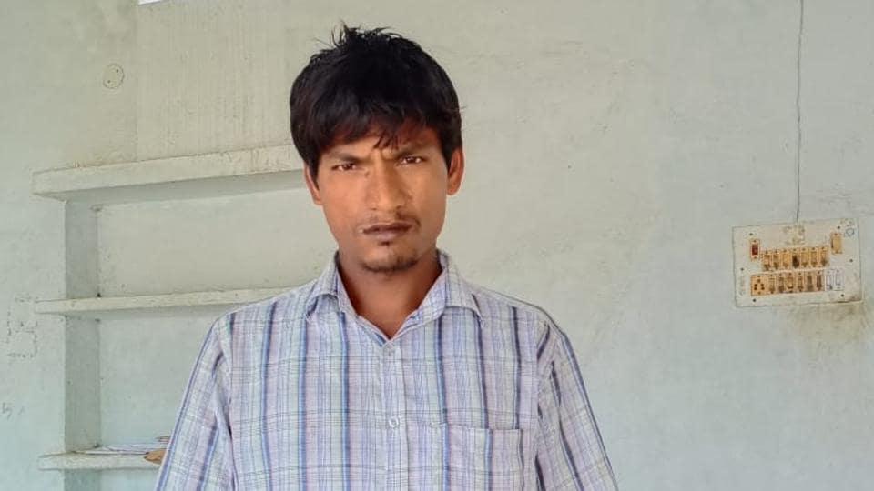 Harivansh Choudhary, the man  who walked home from Mumbai to Darbhanga in Bihar. (HT Photo)