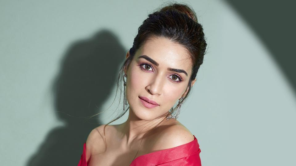 Actor Kriti Sanon is reading and watching shows and movies to kill time during the lockdown