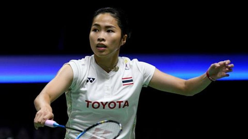Ratchanok Intanon of Thailand competes against Cheung Ngan Yi of Hong Kong.