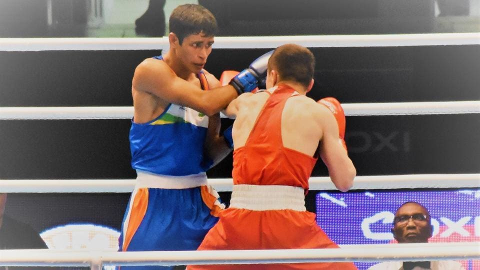 India's Gaurav Solanki defeated Kyrgyzstan's national boxing champion Akylbek Esenbek Uulu to cruise into the pre-quarter finals of the Asia Oceania Olympic qualifiers in the 52 kg.