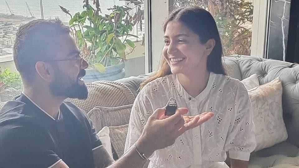 Virat Kohli shares pic from Anushka Sharma's intimate birthday celebration, says 'You light up my w... thumbnail