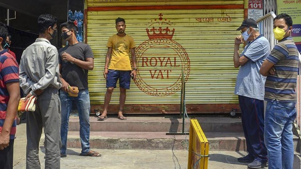 As a punishing lockdown broke the back of big online retail in Indian cities, the country's 8 million kirana stores have kept supplies going, thanks to their human and often personal network with consumers, suppliers, vendors and distributors.
