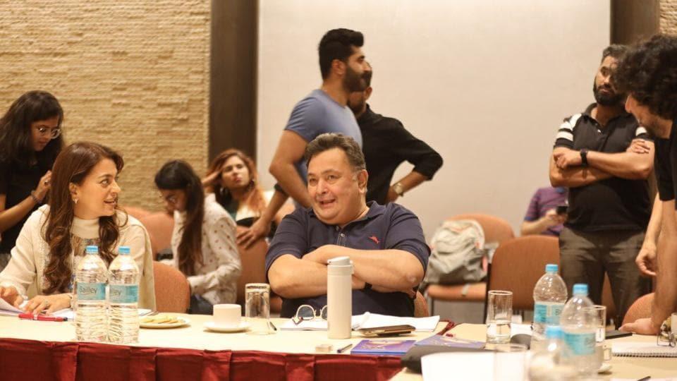 Juhi Chawla and Rishi Kapoor during Sharmaji Namkeen meet.