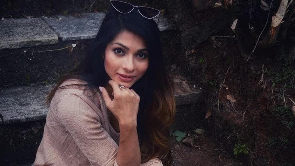 100 Hours 100 Stars: Tanishaa Mukerji says 'sick of cooking and workout videos' during lockdown thumbnail